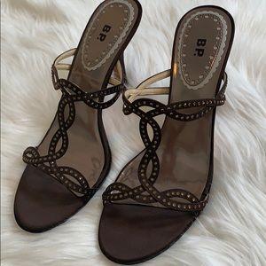 Beautiful BP bronze brown heeled heels